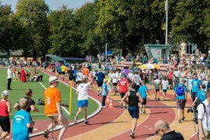 500 läufer bei sponsorenlauf