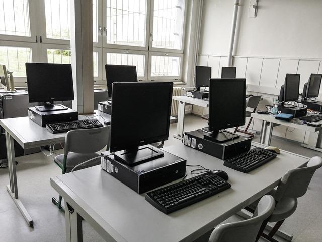 Neue PC's an der Ganztagsschule Friedrichstadt Wittenberg