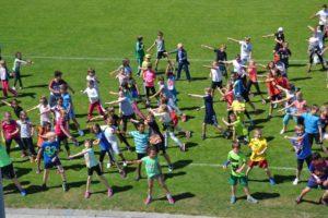 Schüler machen Sport