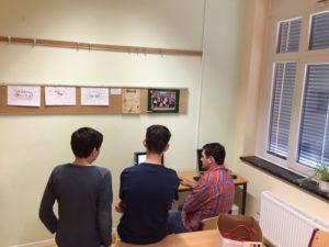 Schüler vor PC