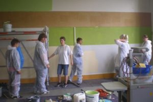 st leonhard klassenzimmer streichen