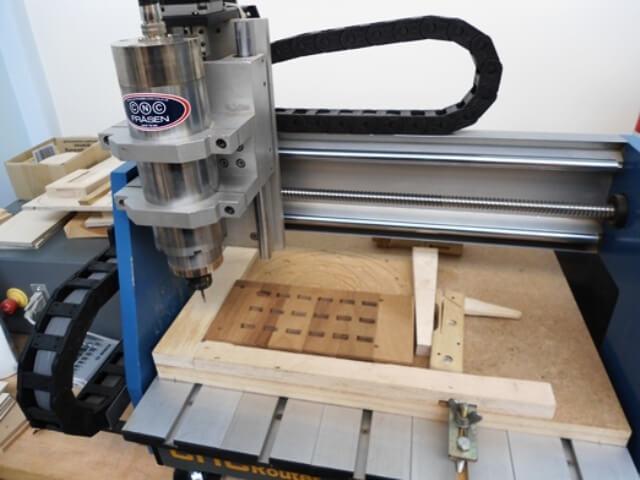 Neue Geräte für die Fritz-Schumacher ermöglichen den Einsatz der Fräse im Unterricht