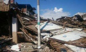Die Schäden im Ort Bahia de Caraquez, Ecuador, nach dem Erdbeben