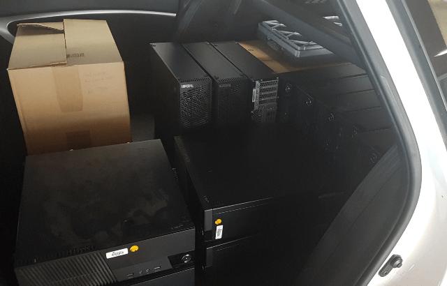 Auto voller Computer