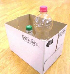 Karton mit Pfandflaschen