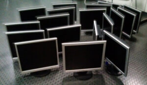 Anständige Flachbildschirme für die BBS Kusel