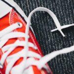 Turnschuh mit Schnürsenkelherz